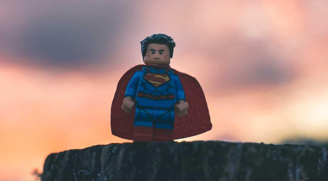 Storytelling para marketing, busca el héroe de tu negocio y dale personalidad